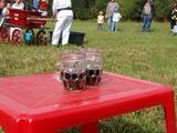 Zasloužená odměna v podobě pití pro malé hasiče