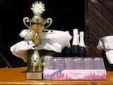 Pohár a výhra pro vítěze na 1. místě
